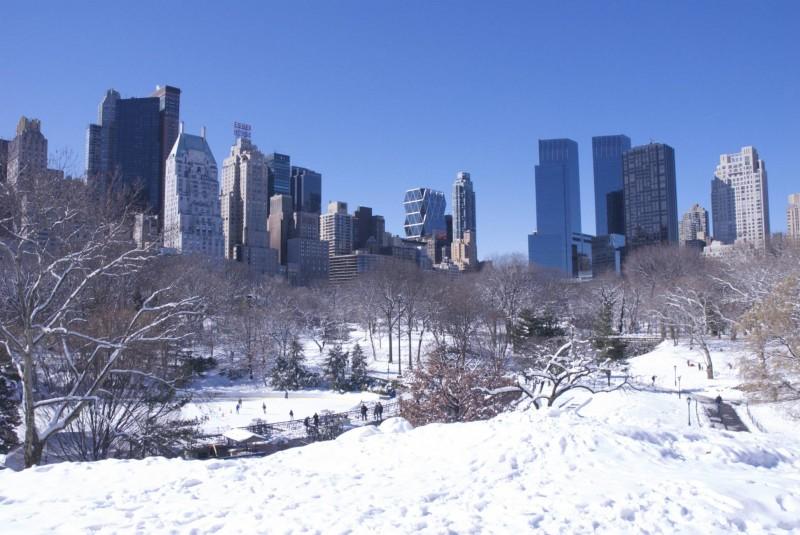 Central Park - Bulding & snow