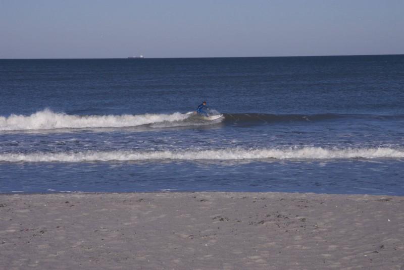 Surfeur solitaire